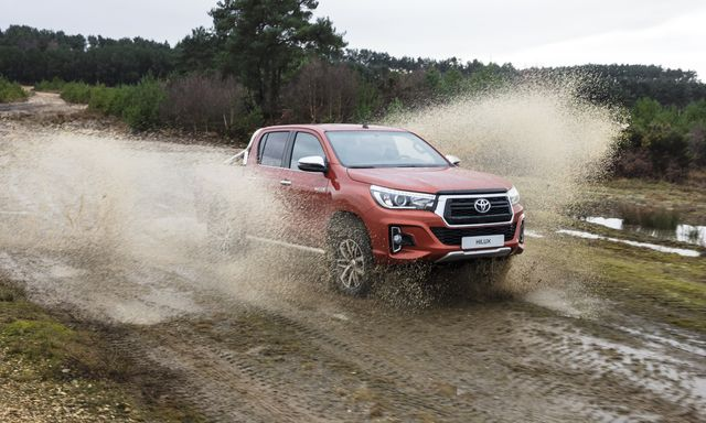 HILUX 2.4G 4x2 AT